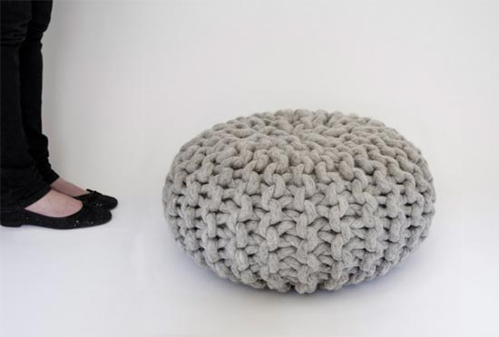 galex de fil en aiguille un pouf en tricot tutoriel. Black Bedroom Furniture Sets. Home Design Ideas