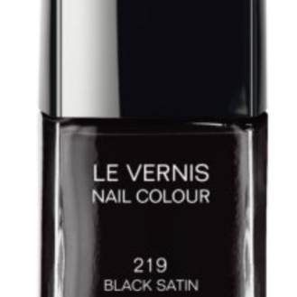 VERNIS BLACK SATIN CHANEL 23
