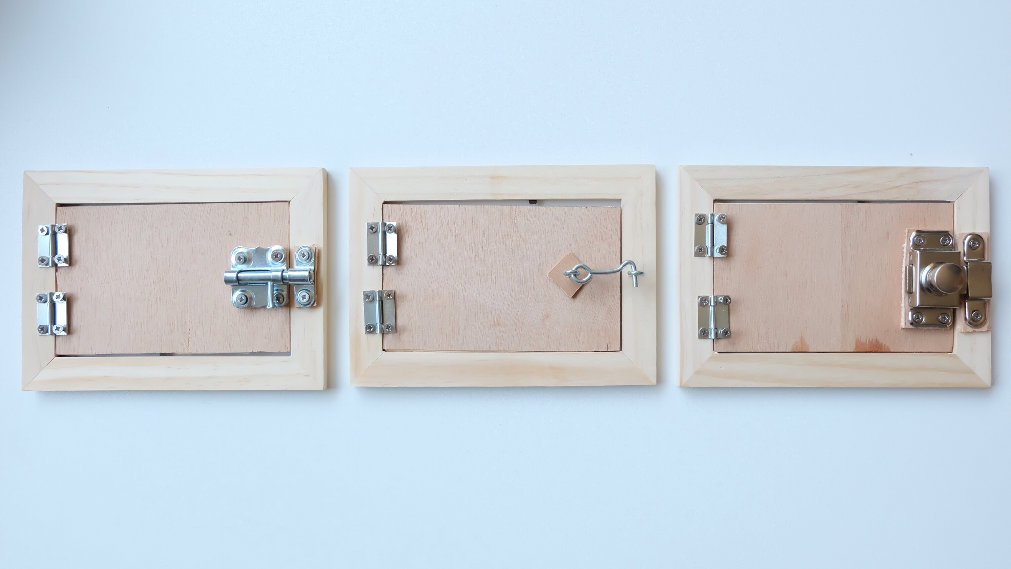 fabriquer maison des serrures montessori avie home. Black Bedroom Furniture Sets. Home Design Ideas