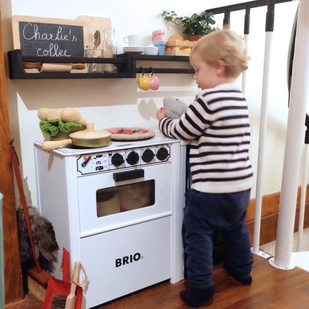 Le petit coin cuisine charlie s kitchen for Petit coin cuisine